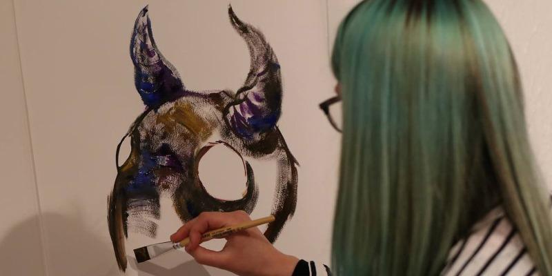 Jaunųjų menininkų kūrybos paroda SVETIMKŪNIAI ir ZAMBZA dirbtuvėlės